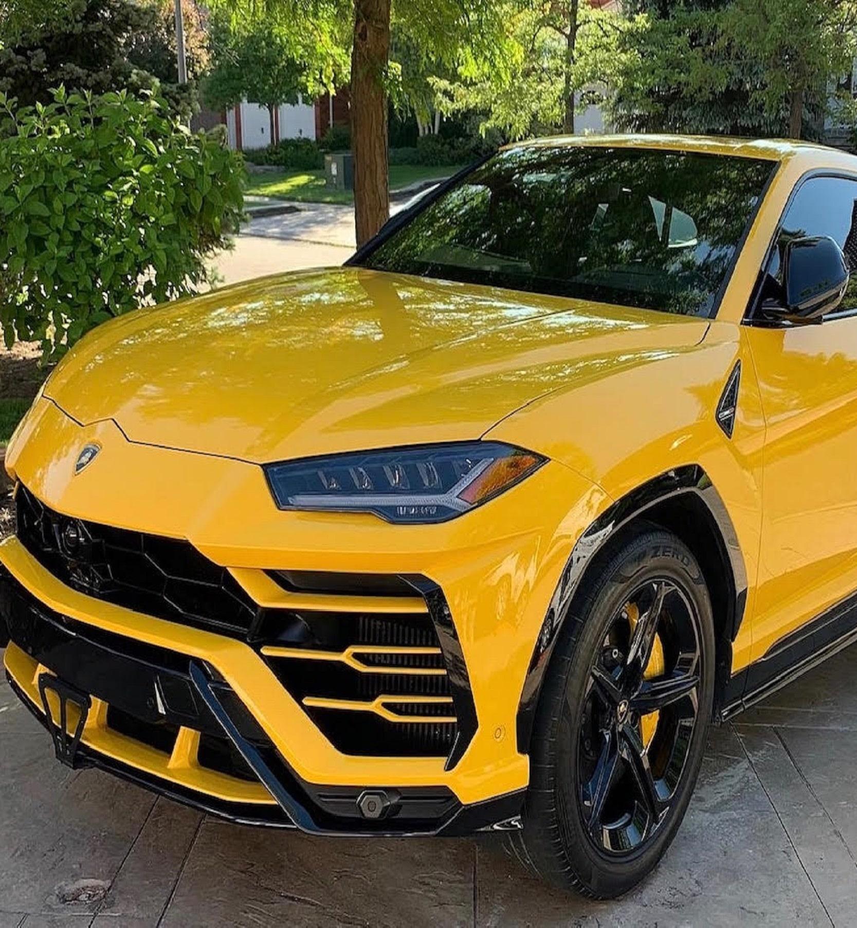 Lamborghini urus - ceramic coating